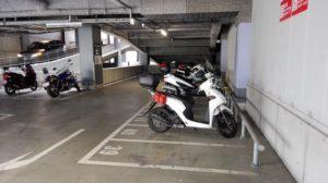 羽田空港は大型バイクもらくらく駐車可能!国内線と国際線で駐車料金が違います